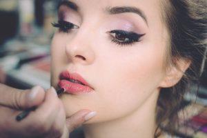 najlepsze eyelinery do powiek